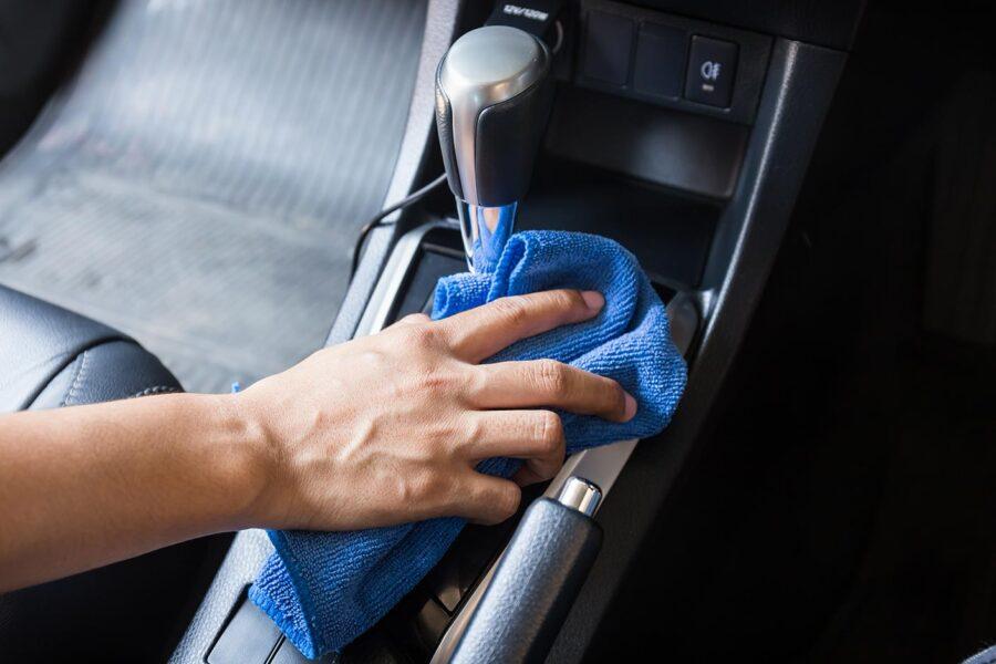 Rentat manual del vehicle, interior i exterior