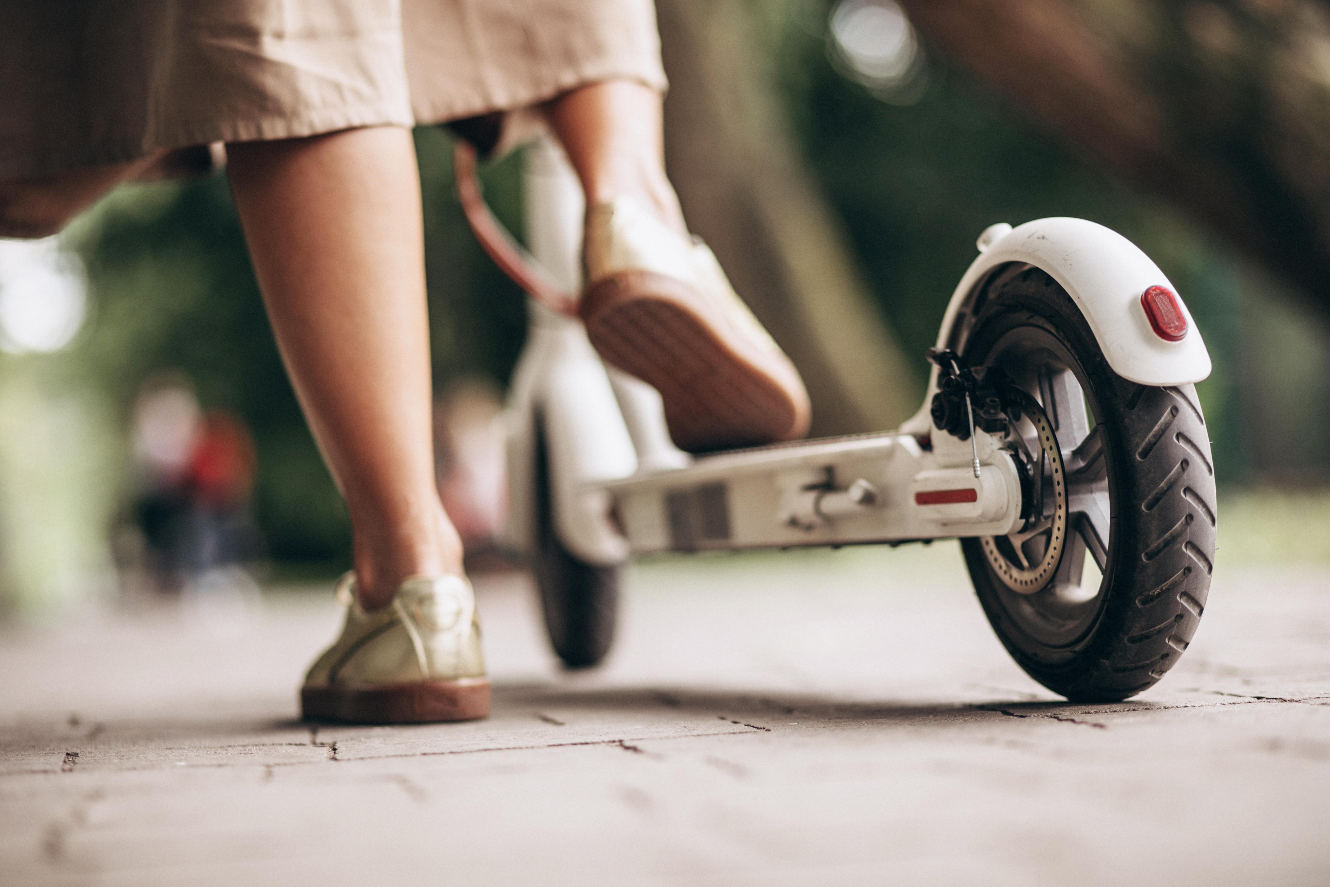 Els patinets elèctrics, un mitjà sostenible